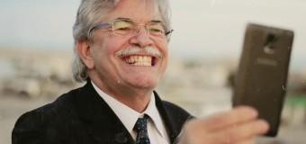 """Pronuncia """"stepchild adoption"""" in modo corretto: raddoppiato il vitalizio al senatore Razzi"""