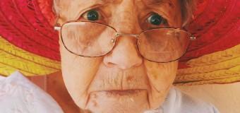 """""""Non sopporto le persone che non mangiano"""", nonna razzista spiega le motivazioni del suo odio verso i neri"""