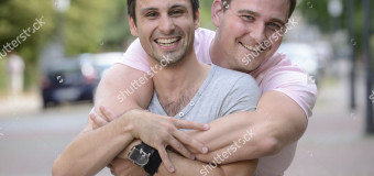 """""""Tranquilli mi piace la fica"""" – Parla Lillo, bambino adottato da una coppia omosessuale"""